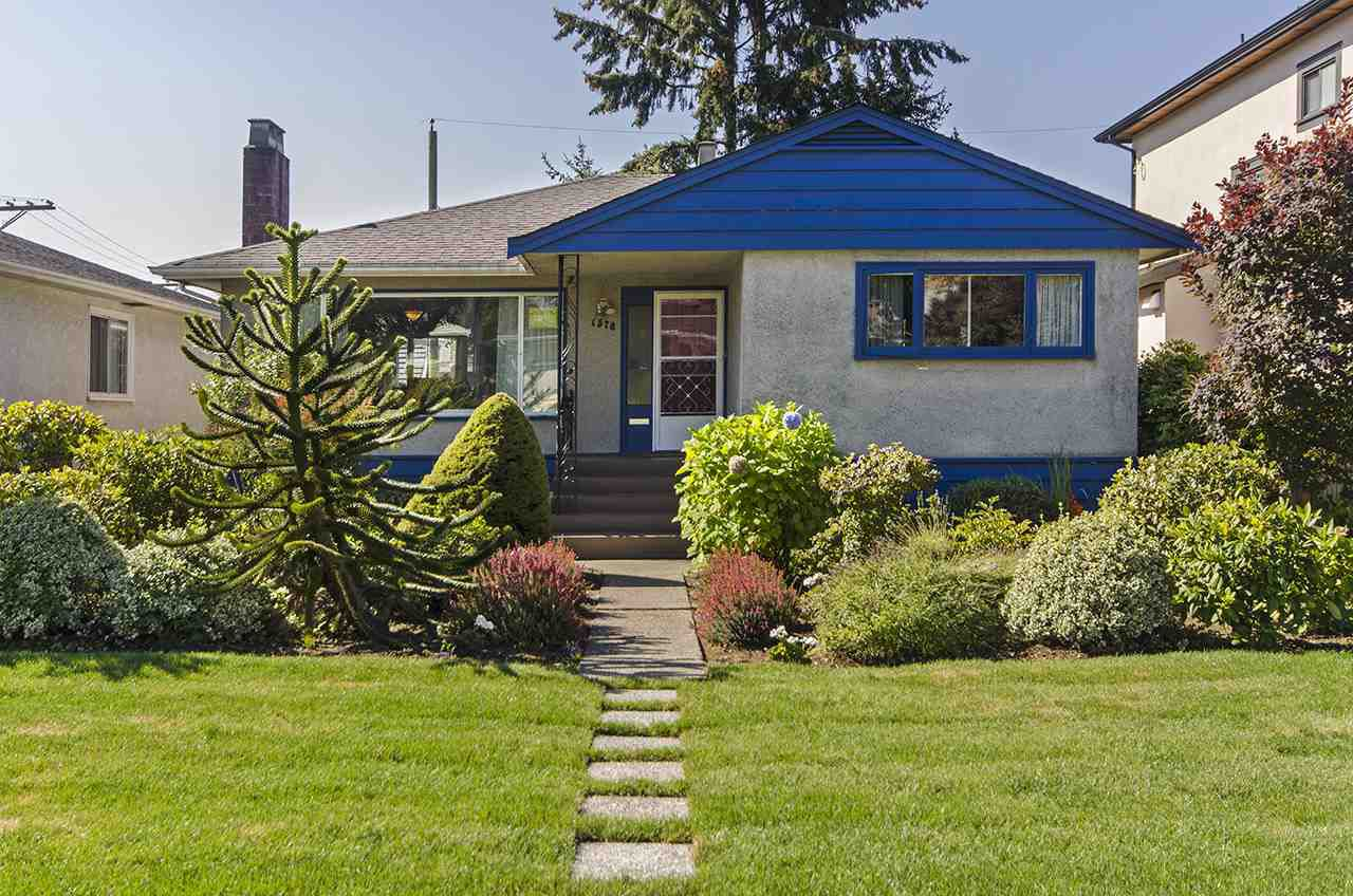 Main Photo: 1578 E 58TH Avenue in Vancouver: Fraserview VE House for sale (Vancouver East)  : MLS®# R2101861