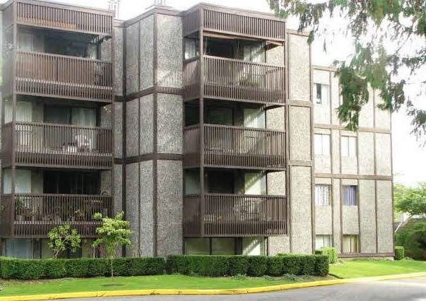 """Main Photo: 402 9672 134 Street in Surrey: Whalley Condo for sale in """"Parkwoods - Dogwood"""" (North Surrey)  : MLS®# R2155984"""