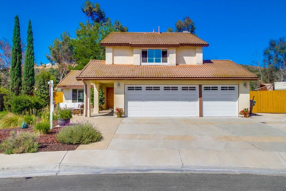 Main Photo: POWAY House for sale : 4 bedrooms : 12472 Pintail Ct