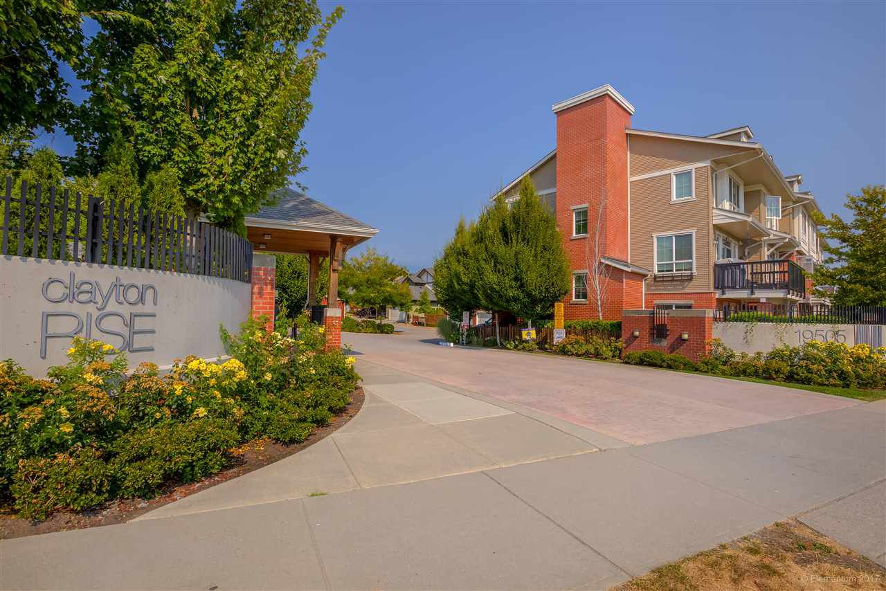 """Main Photo: 25 19505 68A Avenue in Surrey: Clayton Townhouse for sale in """"Clayton Rise"""" (Cloverdale)  : MLS®# R2202362"""
