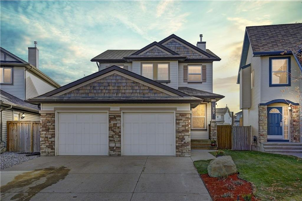 Main Photo: 202 BRIGHTONSTONE Landing SE in Calgary: New Brighton House for sale : MLS®# C4139973