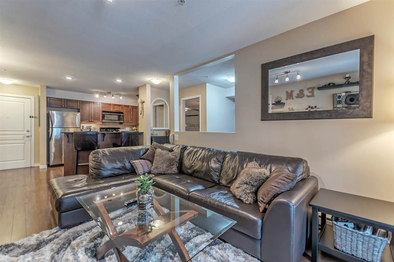 "Main Photo: 108 1969 WESTMINSTER Avenue in Port Coquitlam: Glenwood PQ Condo for sale in ""The Sapphire"" : MLS®# R2253650"