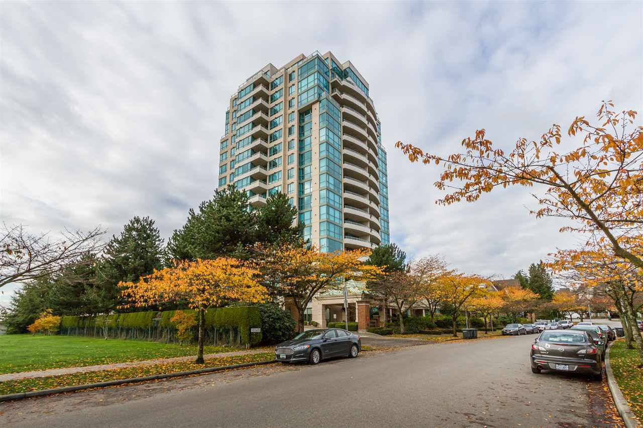 "Main Photo: 1405 6622 SOUTHOAKS Crescent in Burnaby: Highgate Condo for sale in ""GIBRALTA"" (Burnaby South)  : MLS®# R2289466"
