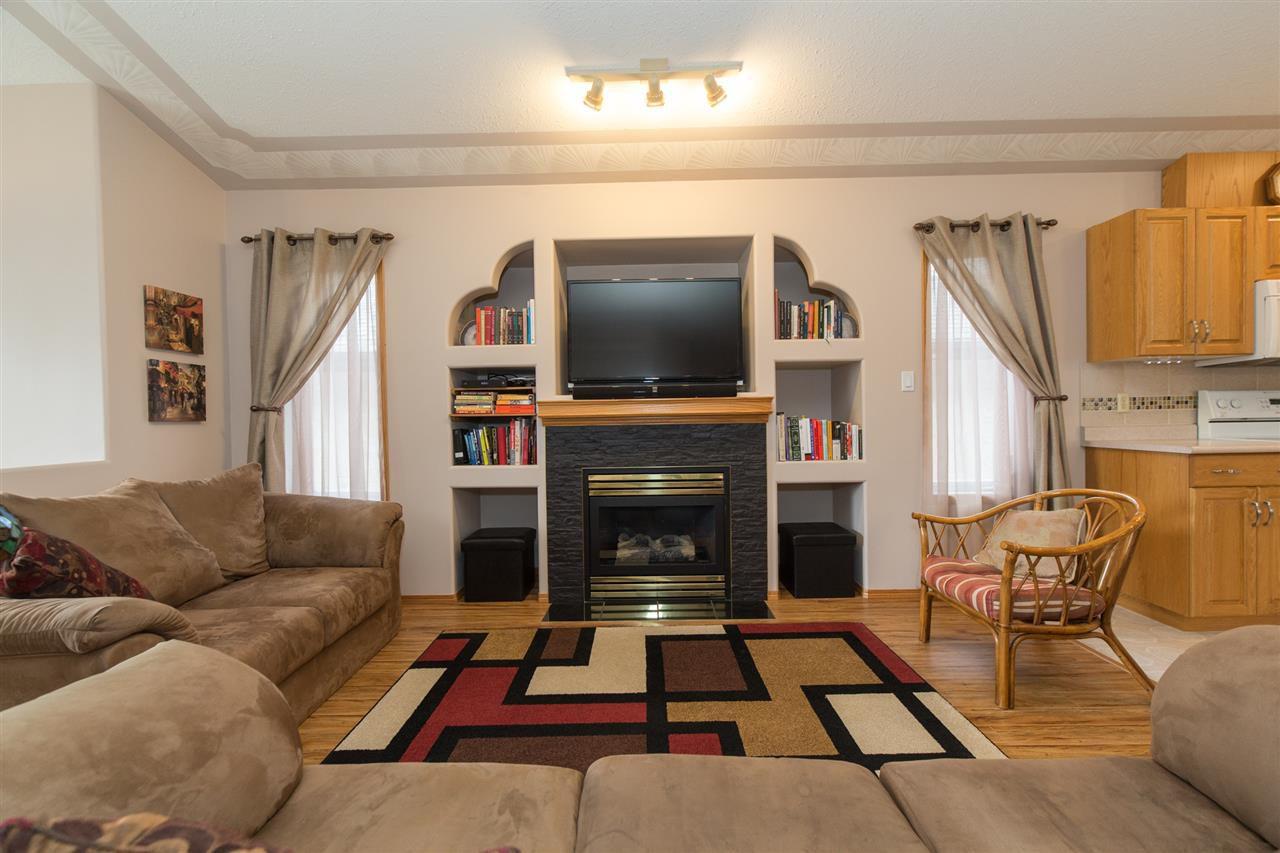 Main Photo: 1502 OAKLAND Close: Devon House for sale : MLS®# E4130734