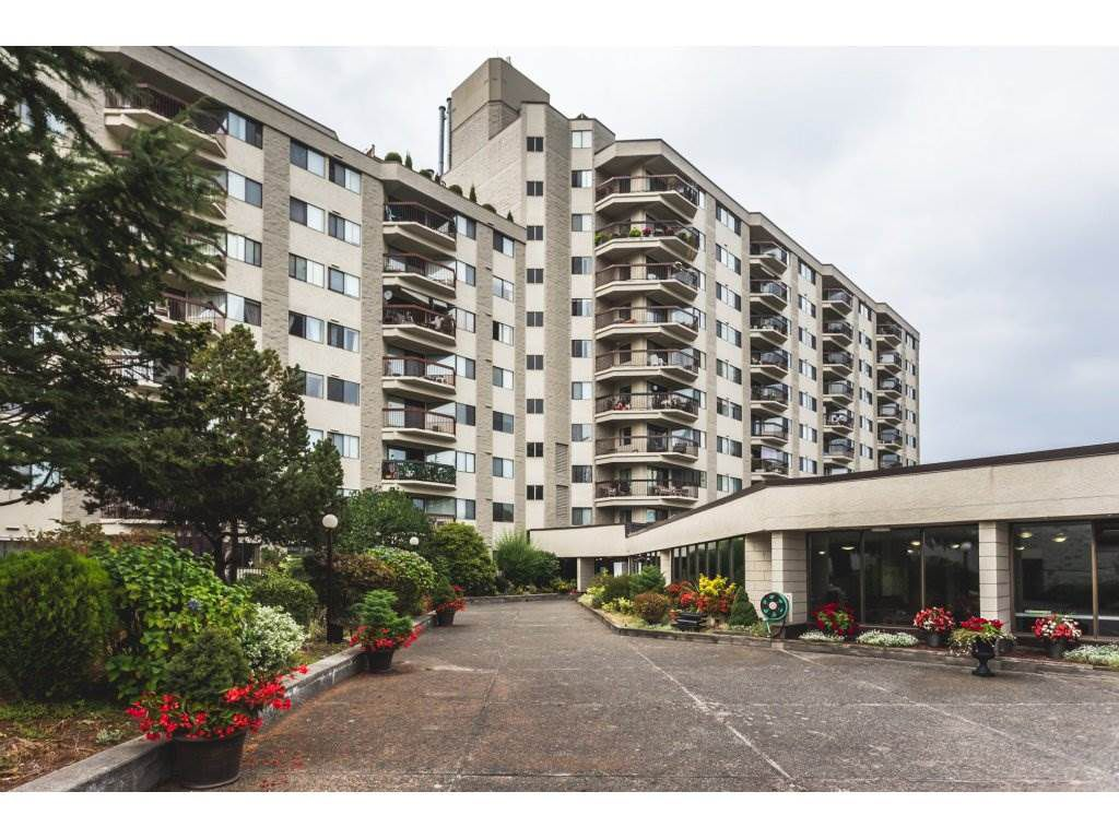 Main Photo: 305 31955 OLD YALE Road in Abbotsford: Abbotsford West Condo for sale : MLS®# R2311478