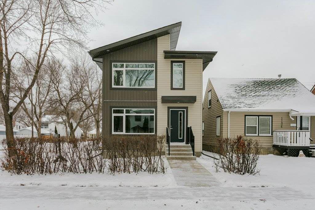 Main Photo: 11402 90 Street in Edmonton: Zone 05 House Half Duplex for sale : MLS®# E4135098
