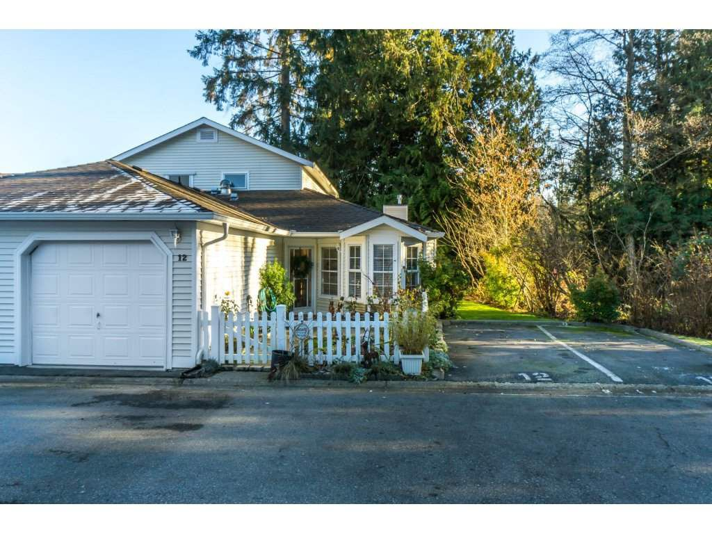 """Main Photo: 12 6537 138 Street in Surrey: East Newton Townhouse for sale in """"CHARLESTON GREEN"""" : MLS®# R2326554"""