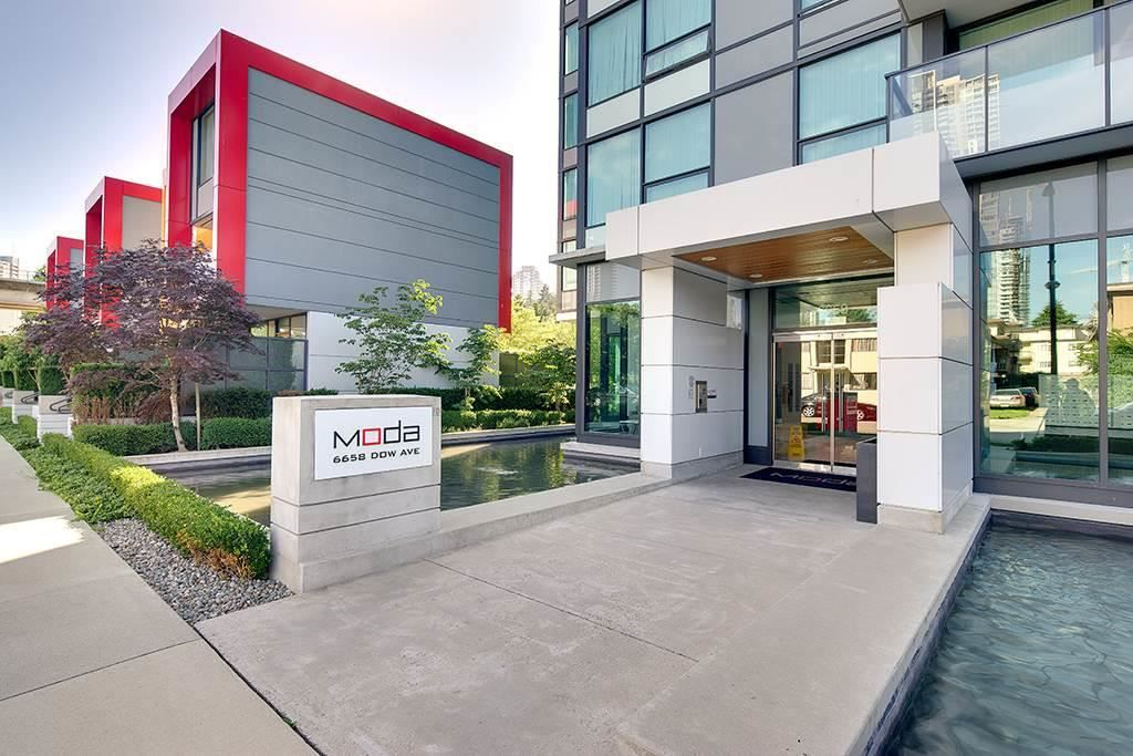 """Main Photo: 1508 6658 DOW Avenue in Burnaby: Metrotown Condo for sale in """"MODA"""" (Burnaby South)  : MLS®# R2329423"""