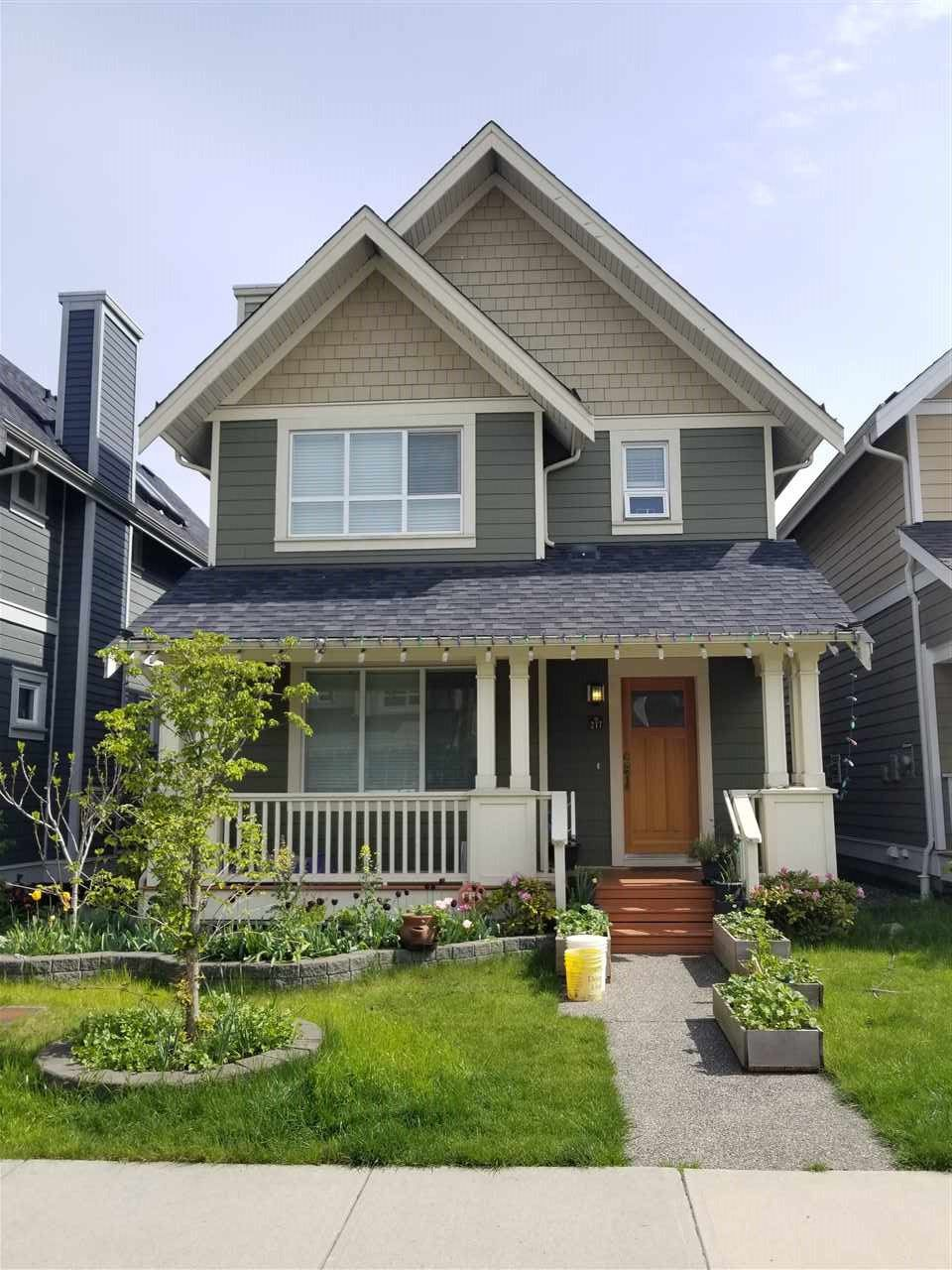 Main Photo: 217 JENSEN Street in New Westminster: Queensborough House for sale : MLS®# R2366613