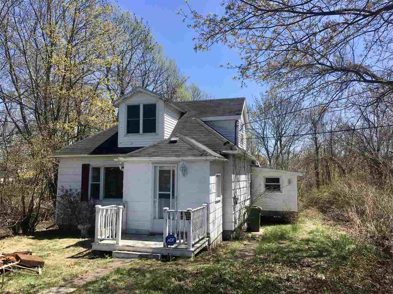 Main Photo: 15 Bark Street in Pictou: 107-Trenton,Westville,Pictou Residential for sale (Northern Region)  : MLS®# 201912479