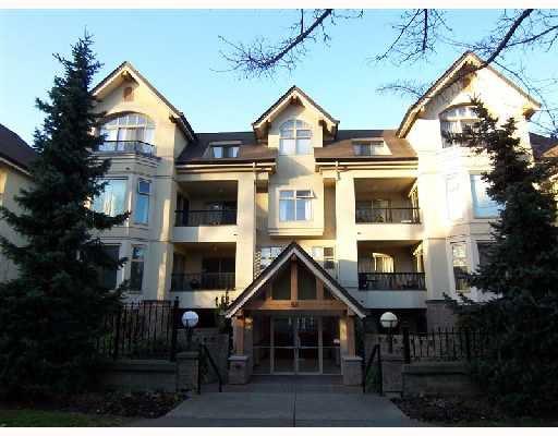 Main Photo: 105 55 E 10 Avenue in Vancouver: Mount Pleasant VE Condo for sale (Vancouver East)  : MLS®# V689093