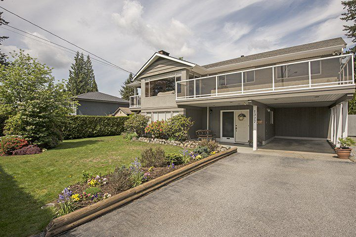 Main Photo: 1327 BRISBANE Avenue in Coquitlam: Harbour Chines House for sale : MLS®# R2061600