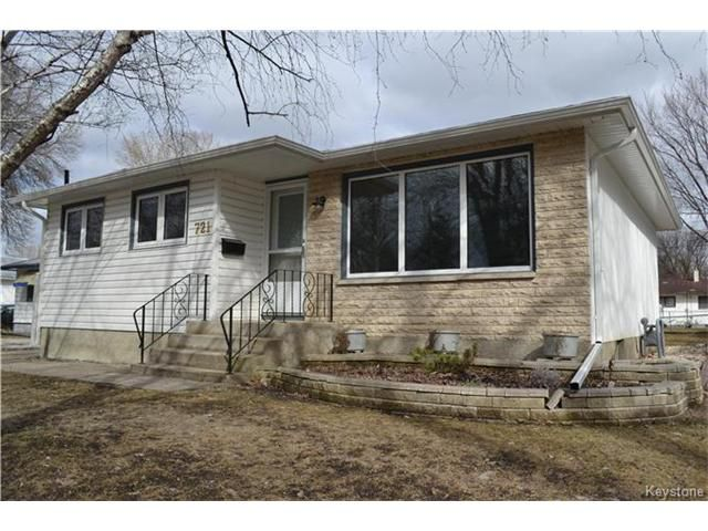 Main Photo: 721 Vimy Road in Winnipeg: Crestview Residential for sale (5H)  : MLS®# 1707265