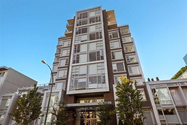 """Main Photo: PH3 538 W 7TH Avenue in Vancouver: Fairview VW Condo for sale in """"CAMBIE+7"""" (Vancouver West)  : MLS®# R2176643"""