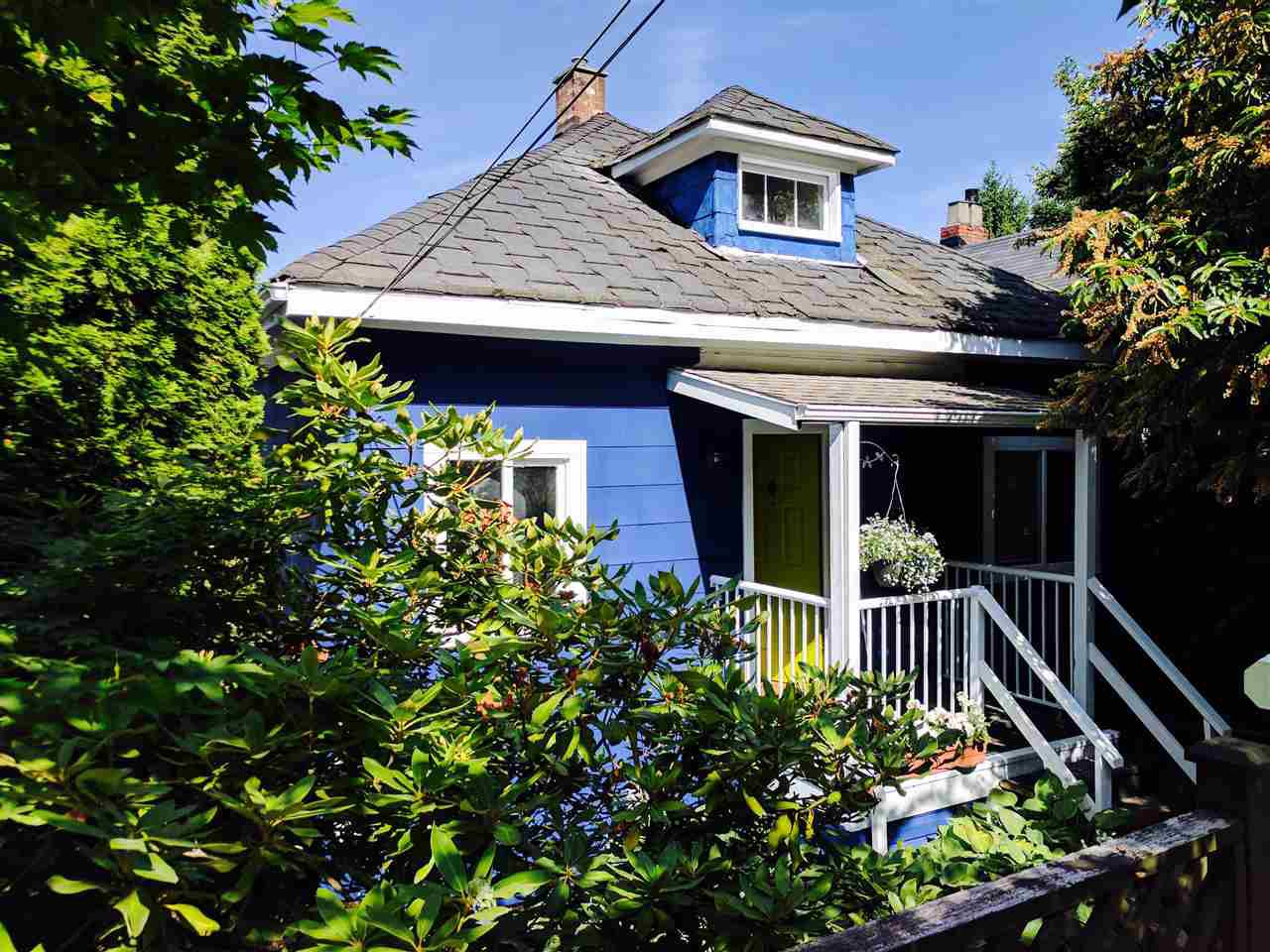"Main Photo: 3529 FLEMING Street in Vancouver: Knight House for sale in ""Cedar Cottage"" (Vancouver East)  : MLS®# R2183745"