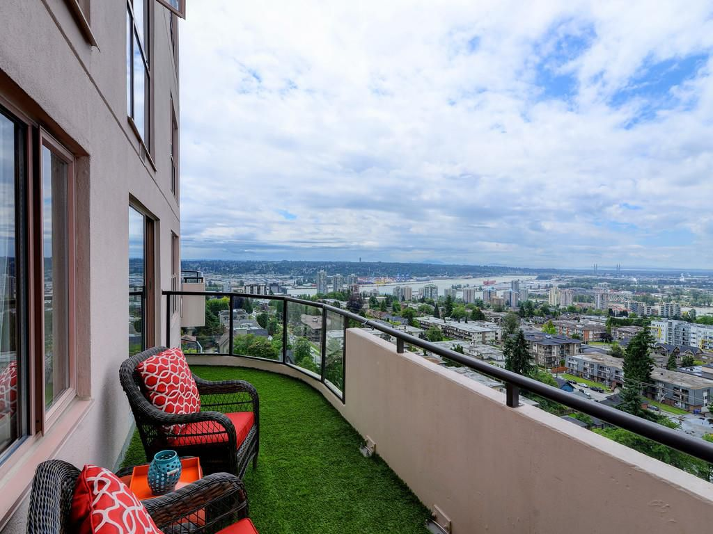 """Main Photo: 1803 612 FIFTH Avenue in New Westminster: Uptown NW Condo for sale in """"THE FIFTH AVENUE"""" : MLS®# R2184354"""