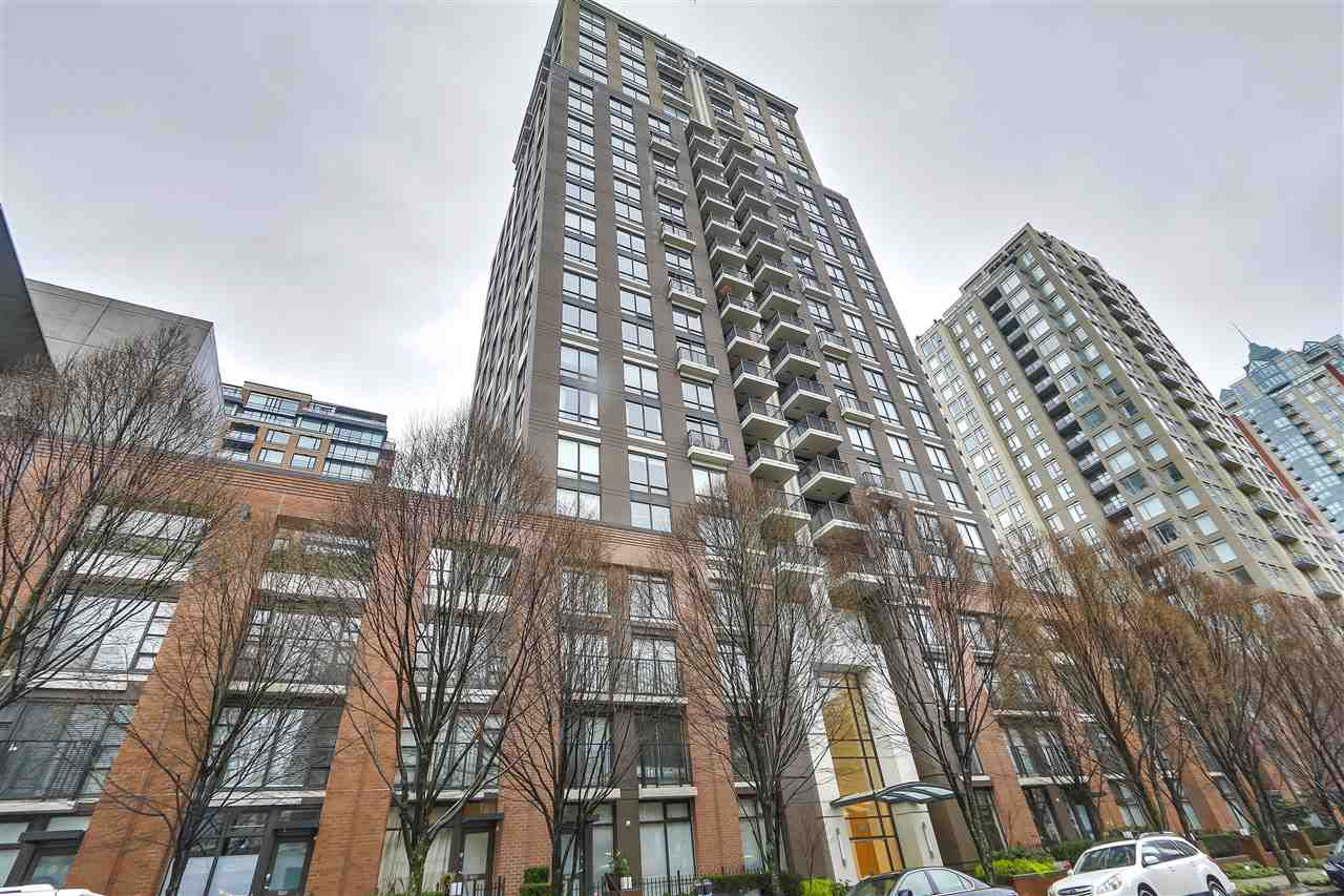"""Main Photo: 701 1055 HOMER Street in Vancouver: Yaletown Condo for sale in """"DOMUS"""" (Vancouver West)  : MLS®# R2245913"""