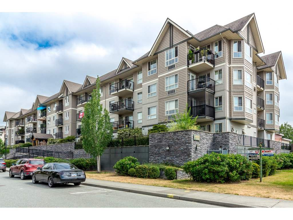 Main Photo: 209 9000 BIRCH Street in Chilliwack: Chilliwack W Young-Well Condo for sale : MLS®# R2293924