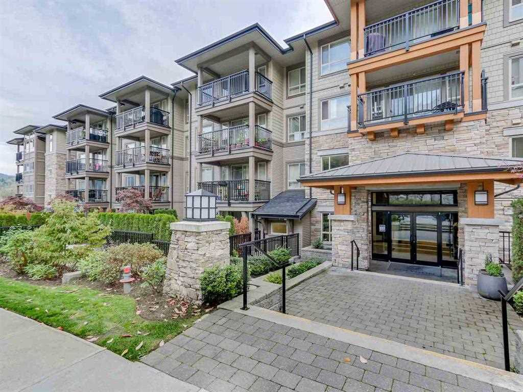 "Main Photo: 508 3178 DAYANEE SPRINGS Boulevard in Coquitlam: Westwood Plateau Condo for sale in ""TAMARACK BY POLYGON"" : MLS®# R2299677"