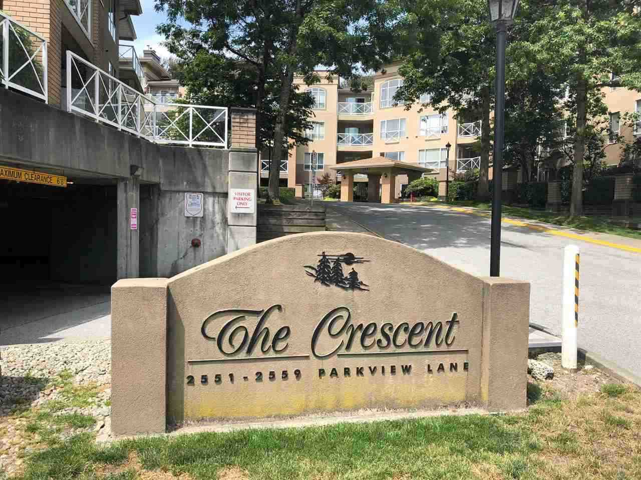 """Main Photo: 212 2558 PARKVIEW Lane in Port Coquitlam: Central Pt Coquitlam Condo for sale in """"THE CRESCENT"""" : MLS®# R2303401"""
