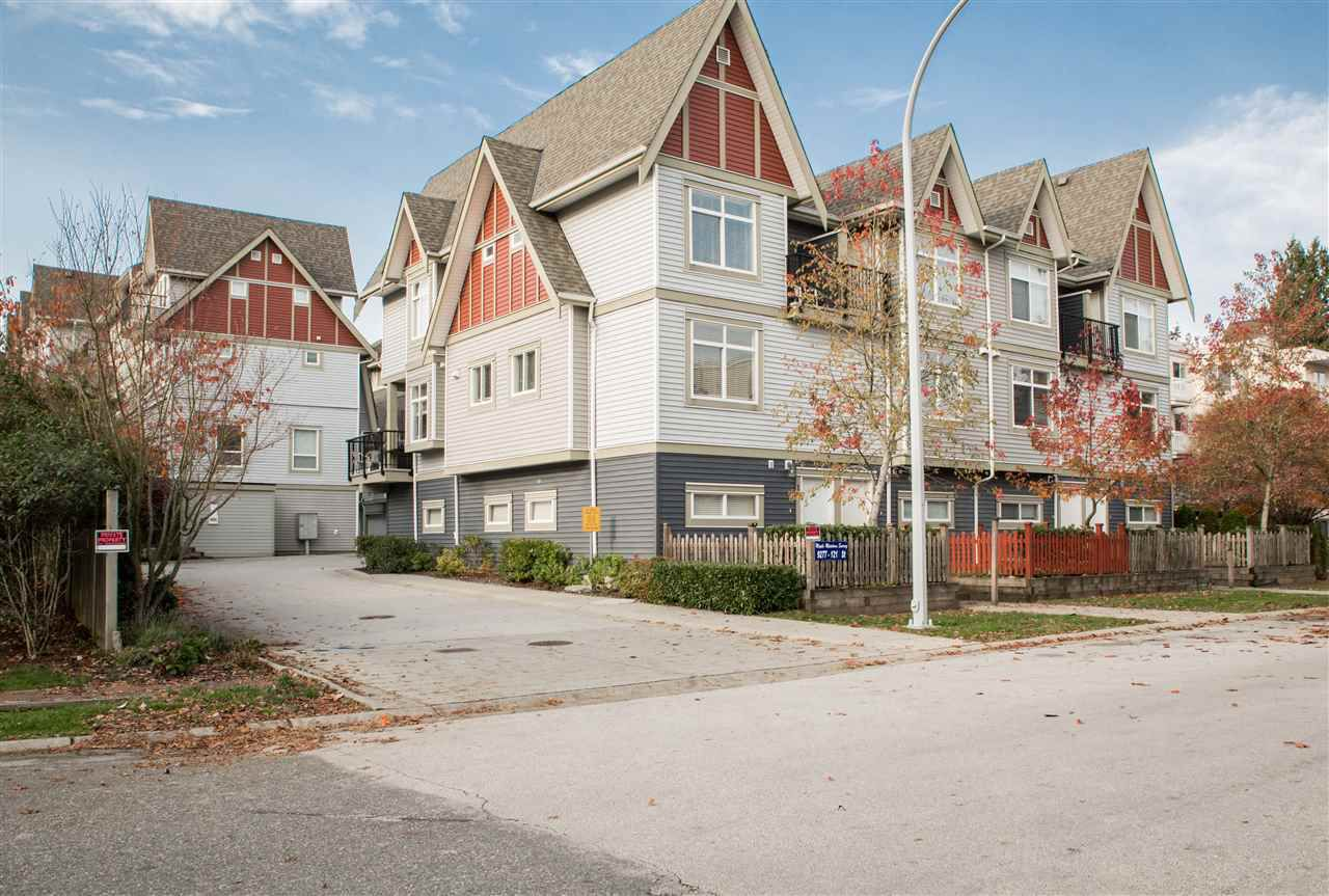 """Main Photo: 22 9277 121 Street in Surrey: Queen Mary Park Surrey Townhouse for sale in """"Maple Meadows"""" : MLS®# R2321802"""