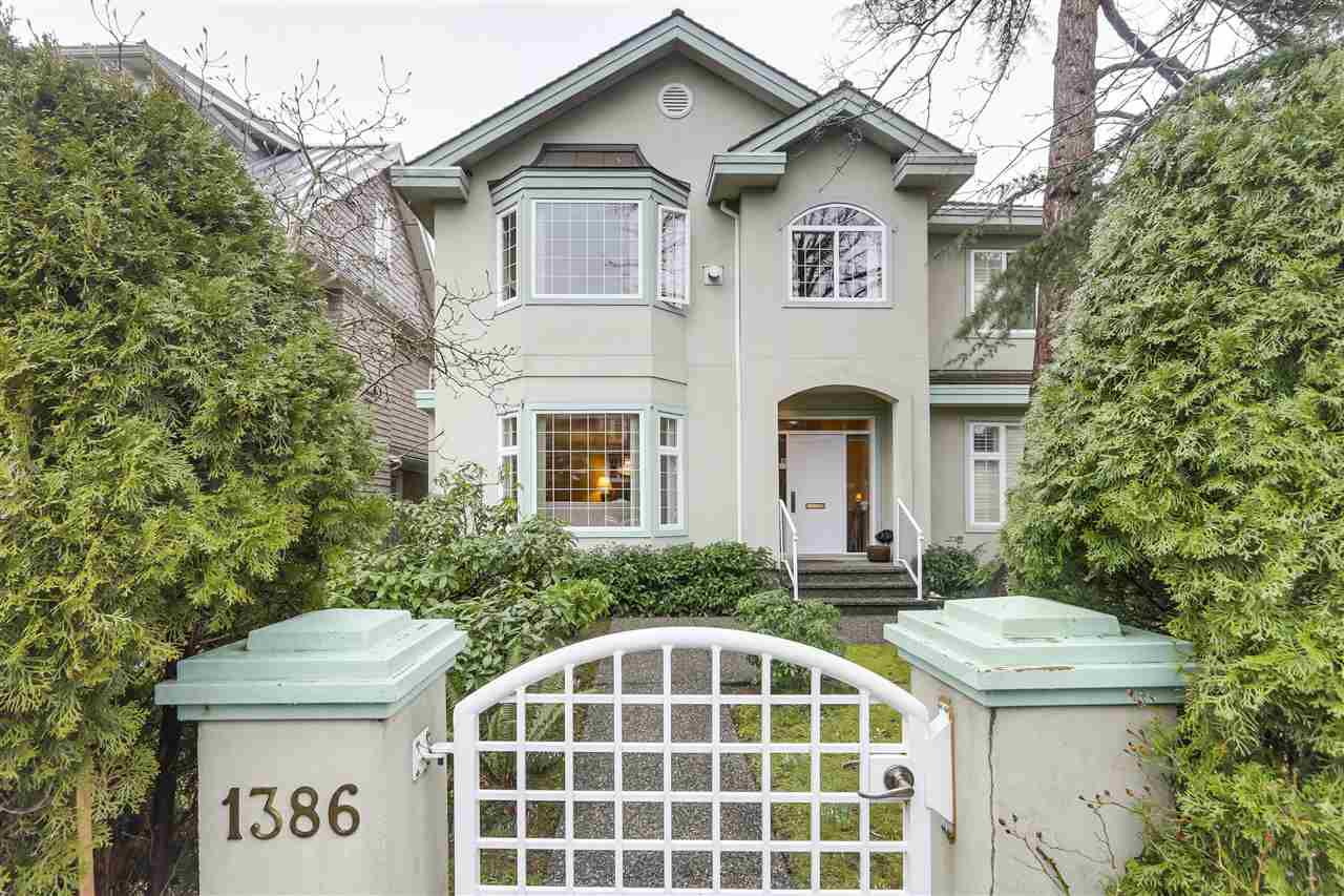 "Main Photo: 1386 LABURNUM Street in Vancouver: Kitsilano House 1/2 Duplex for sale in ""KITS POINT"" (Vancouver West)  : MLS®# R2335826"
