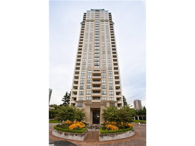 "Main Photo: 1403 4333 CENTRAL Boulevard in Burnaby: Metrotown Condo for sale in ""PRESIDIA"" (Burnaby South)  : MLS®# V913351"