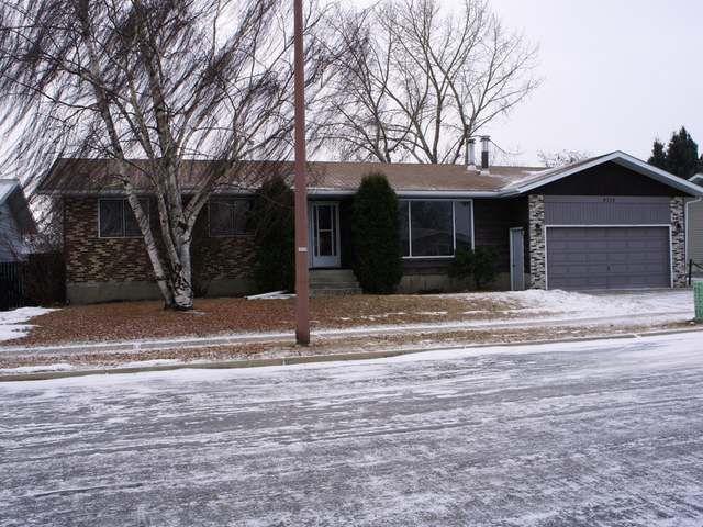 Main Photo: 4711 30TH STREET in Lloydminster East: Residential Detached for sale (Lloydminster, SK)  : MLS®# 46152