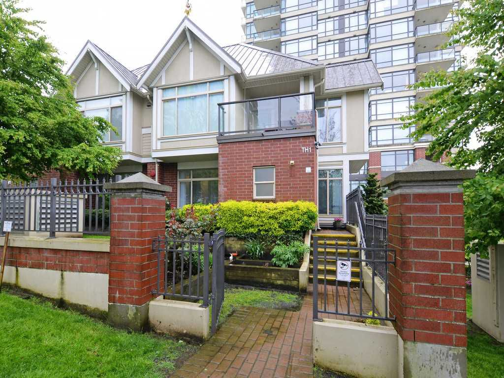 """Main Photo: 1 4132 HALIFAX Street in Burnaby: Brentwood Park Townhouse for sale in """"Marquis Grande"""" (Burnaby North)  : MLS®# R2192165"""