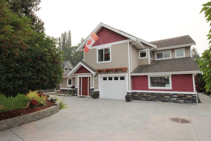"""Main Photo: 20944 48 Avenue in Langley: Langley City House for sale in """"Newlands"""" : MLS®# R2204412"""