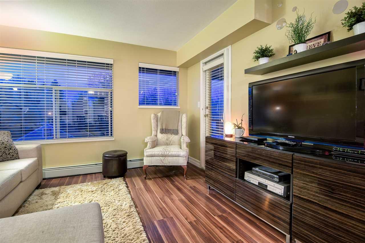 "Main Photo: 304 20561 113 Avenue in Maple Ridge: Southwest Maple Ridge Condo for sale in ""Waresley"" : MLS®# R2235139"