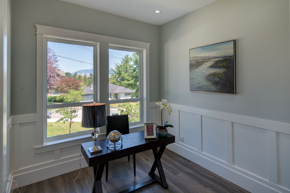 "Photo 7: Photos: 334 HOULT Street in New Westminster: The Heights NW House for sale in ""The Heights"" : MLS®# R2311281"