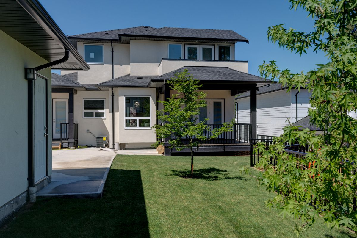 "Photo 67: Photos: 334 HOULT Street in New Westminster: The Heights NW House for sale in ""The Heights"" : MLS®# R2311281"