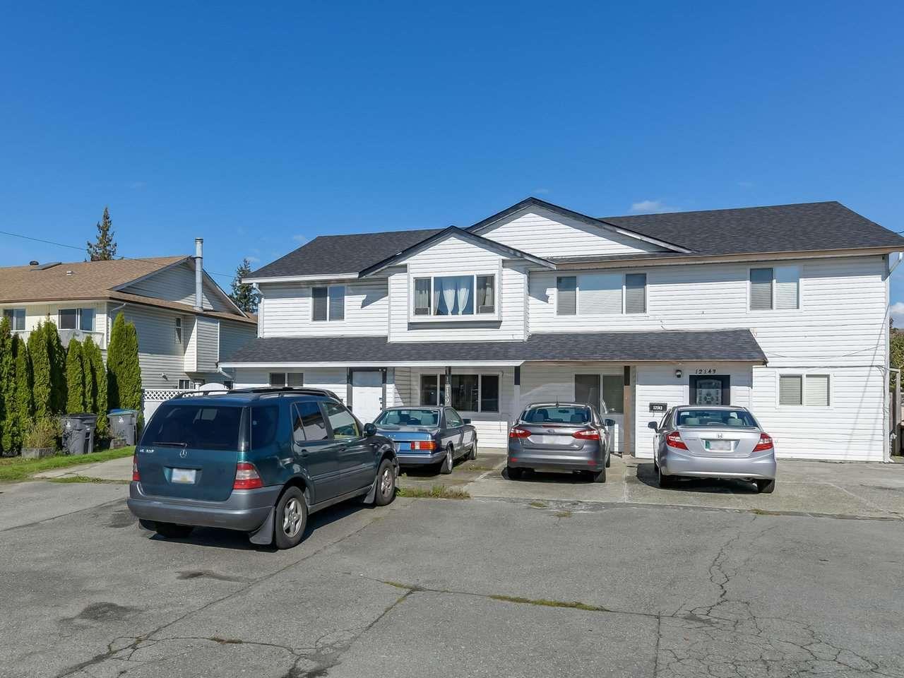 Main Photo: 12139 98 Avenue in Surrey: Cedar Hills House 1/2 Duplex for sale (North Surrey)  : MLS®# R2313874