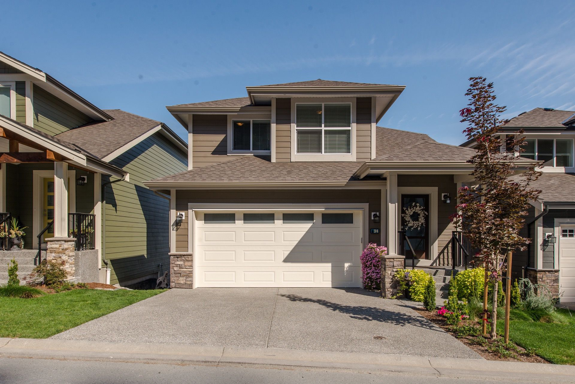 "Main Photo: 34 50634 LEDGESTONE Place in Chilliwack: Eastern Hillsides House for sale in ""The Cliffs"" : MLS®# R2319969"