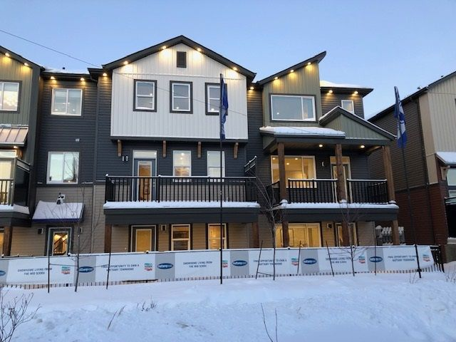 Main Photo: 144 16903 68 Street in Edmonton: Zone 28 Townhouse for sale : MLS®# E4143385