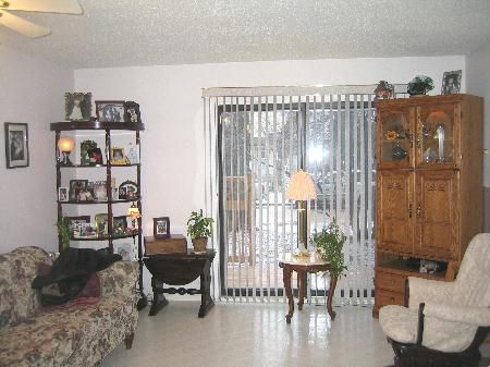 Photo 3: Photos: 105-176 Thomas Berry St.: Residential for sale (St. Boniface)  : MLS®# 2704763