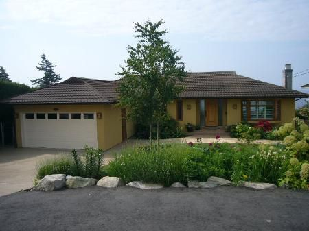 Main Photo: 13238 14TH AV in Surrey: House for sale (Crescent Bch Ocean Pk.)  : MLS®# F2913695