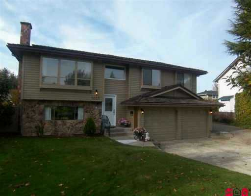 Main Photo: 5025 198 Street in Langley: Langley City House for sale : MLS®# F2624577