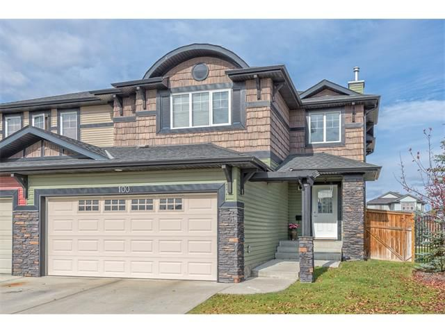 Exterior front - 100 Springmere Grove (Chestermere. AB)
