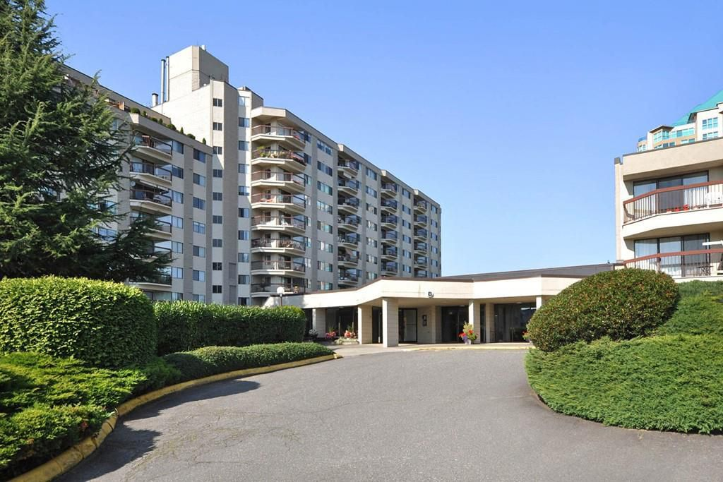 """Main Photo: 106 31955 OLD YALE Road in Abbotsford: Abbotsford West Condo for sale in """"Evergreen Village"""" : MLS®# R2189841"""