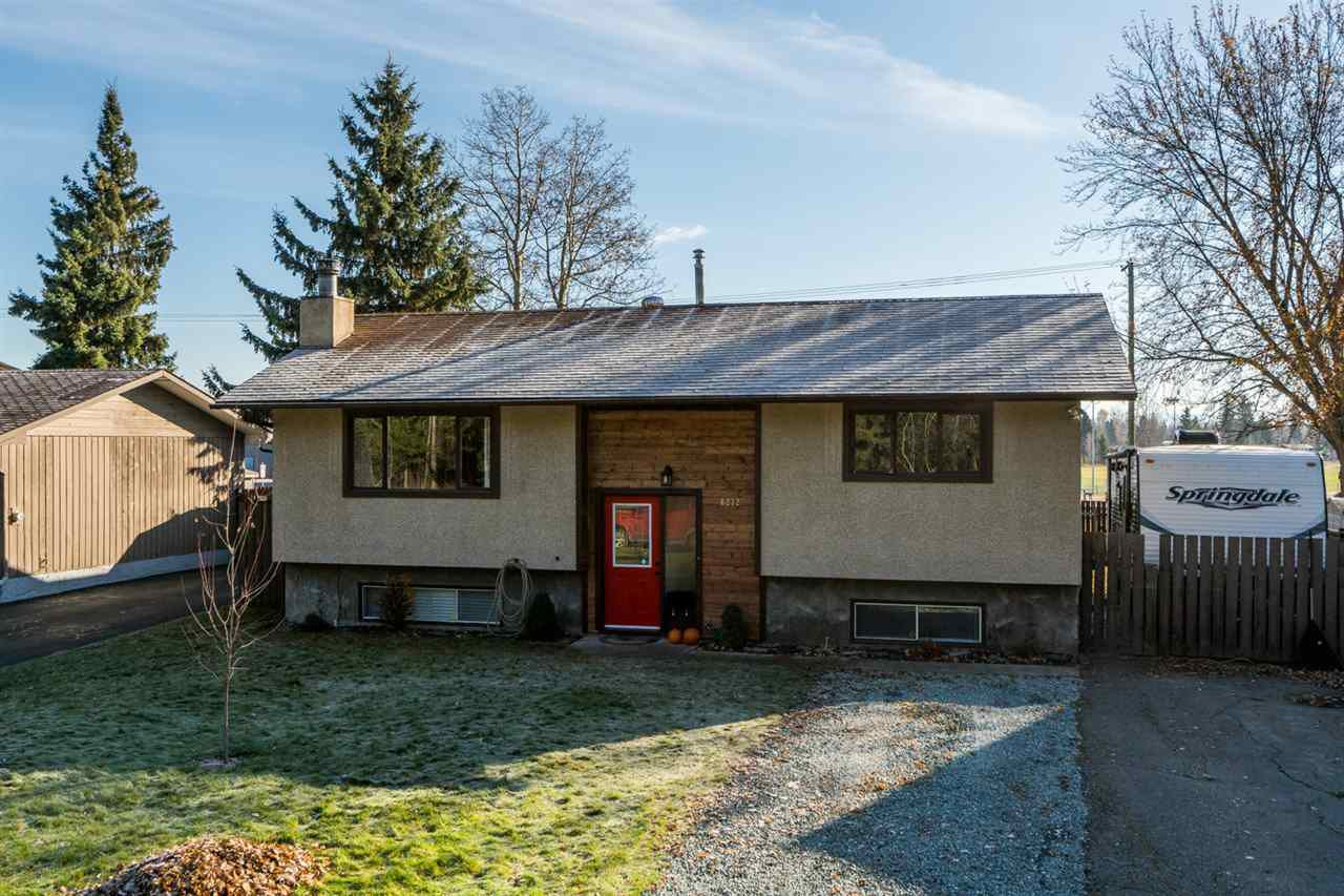 """Main Photo: 6232 TRENT Drive in Prince George: Lower College House for sale in """"LOWER COLLEGE HEIGHTS"""" (PG City South (Zone 74))  : MLS®# R2218466"""
