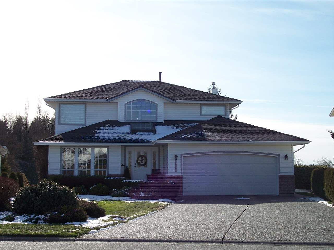 "Main Photo: 35402 LETHBRIDGE Drive in Abbotsford: Abbotsford East House for sale in ""Sandy Hill"" : MLS®# R2240578"