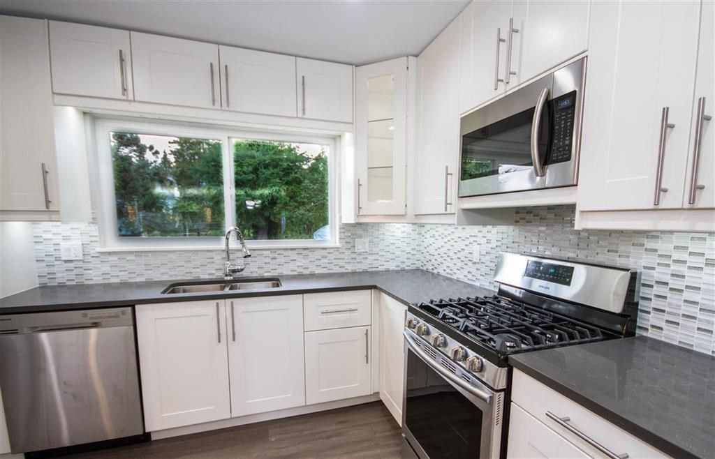 Main Photo: 659 SCHOOLHOUSE STREET in Coquitlam: Central Coquitlam House for sale : MLS®# R2237606