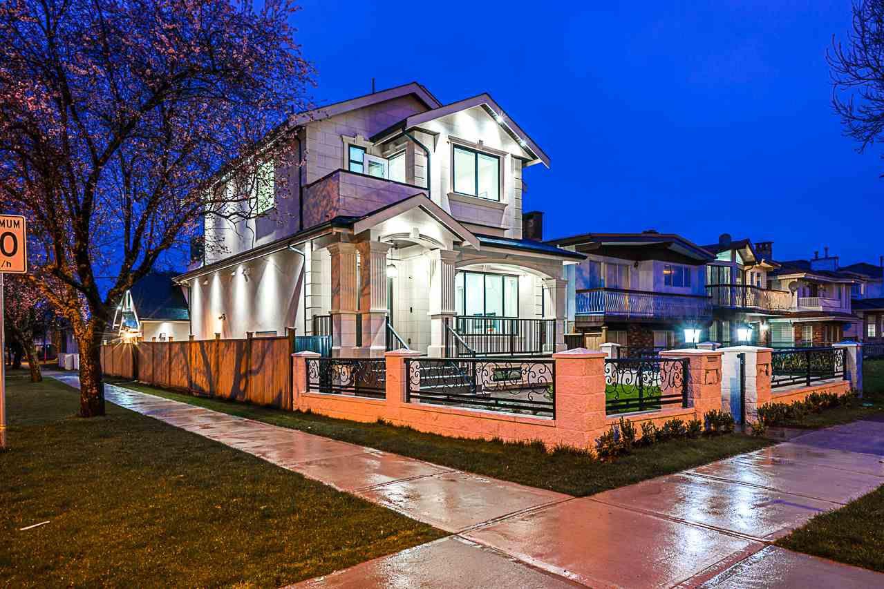 6193 BEATRICE Street in Vancouver: Killarney VE House for