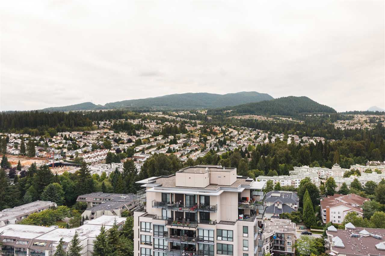 Main Photo: 2604 2968 GLEN Drive in Coquitlam: North Coquitlam Condo for sale : MLS®# R2291898