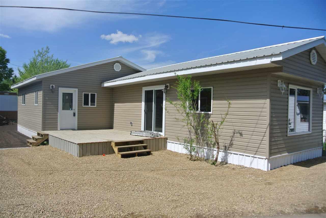 Main Photo: 235 305 Calahoo Road: Spruce Grove Mobile for sale : MLS®# E4130017