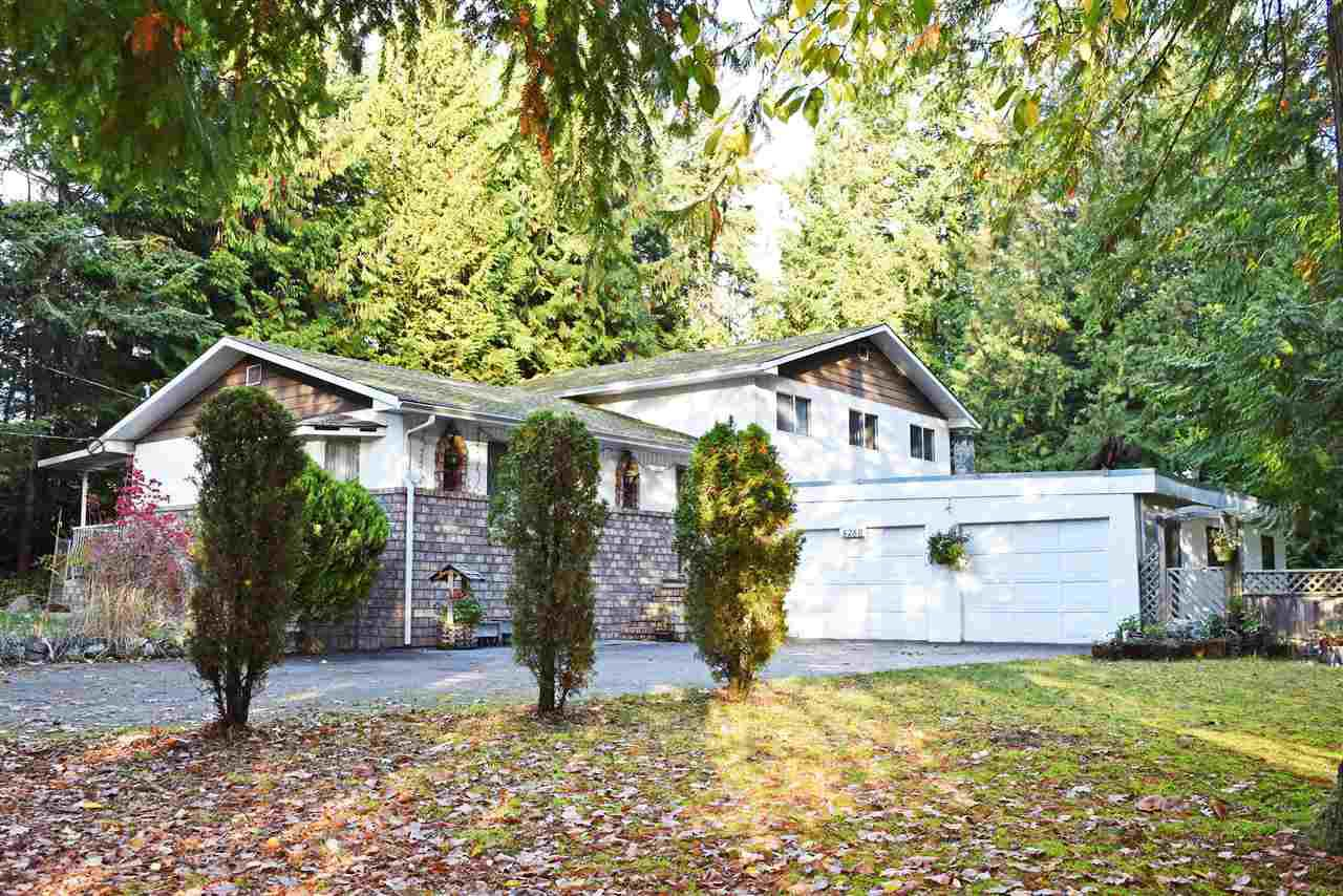 Main Photo: 5760 NICKERSON Road in Sechelt: Sechelt District House for sale (Sunshine Coast)  : MLS®# R2319073