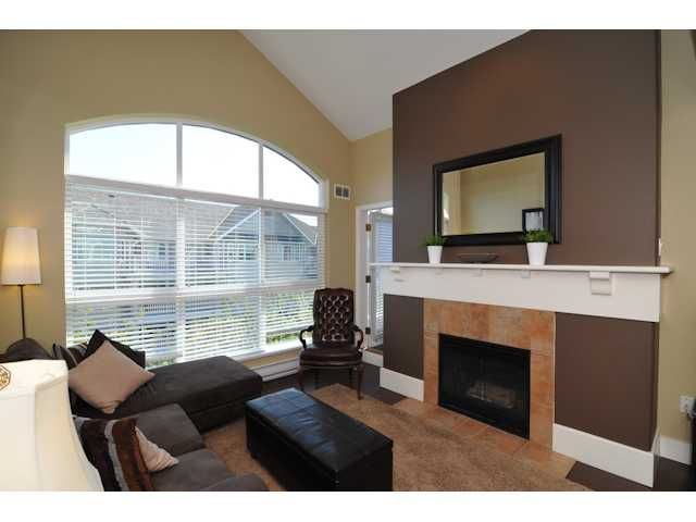 """Main Photo: 417 5900 DOVER Crescent in Richmond: Riverdale RI Condo for sale in """"HAMPTONS"""" : MLS®# V923251"""