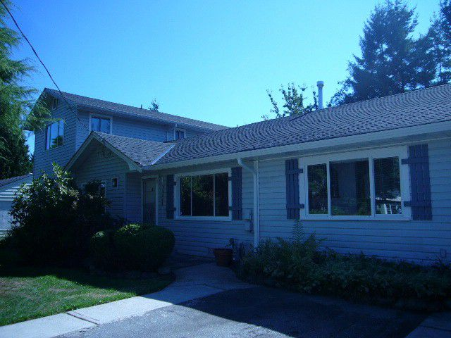 Main Photo: 15516 18TH AV in Surrey: King George Corridor House for sale (South Surrey White Rock)  : MLS®# F1321531